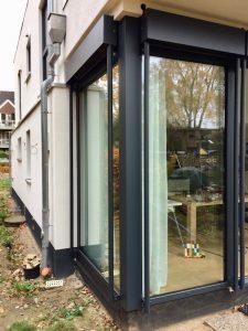 Vorbau Raffstore Schueco Fenster